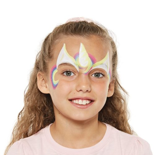 girl with step 2 of unicorn face paint design