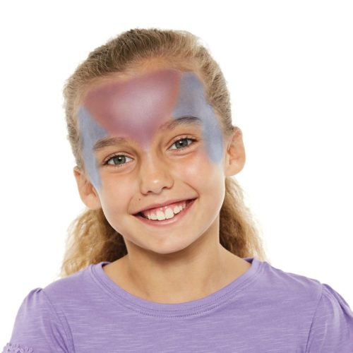 girl with step 1 of Mermaid face paint design